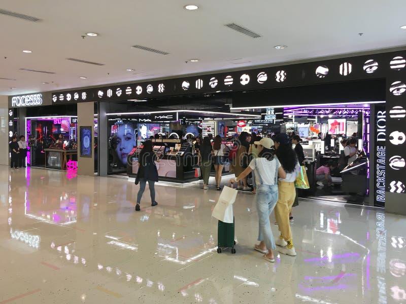 香港海港城的高档化妆品店 免版税库存图片