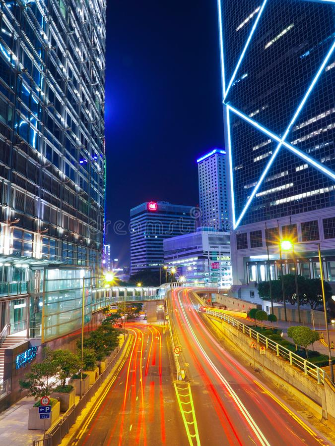 香港,中国- 2016年12月9日:夜交通在香港市 库存照片