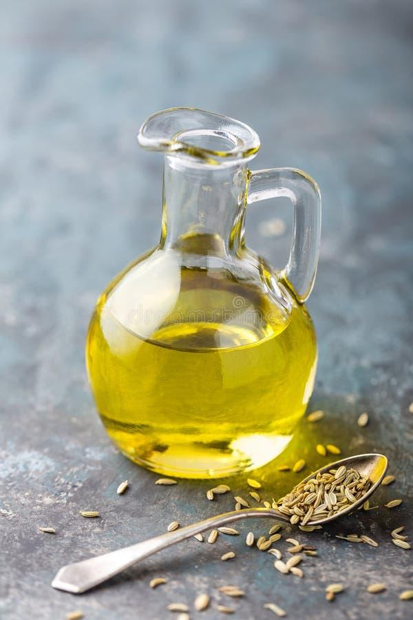 茴香籽油 免版税库存照片