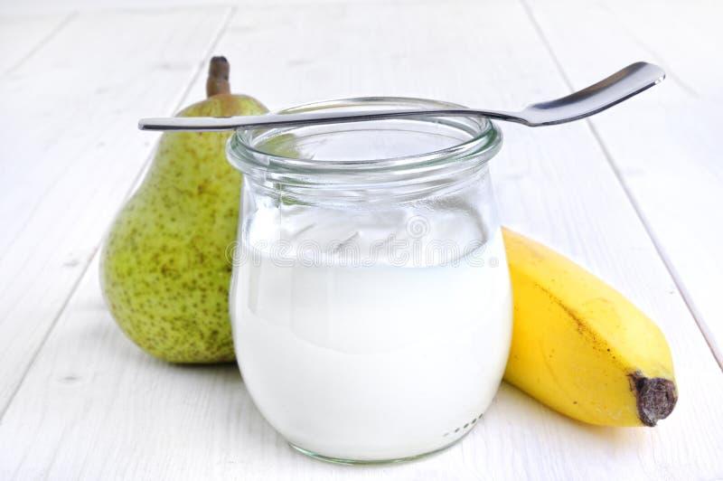 香蕉梨酸奶 库存图片