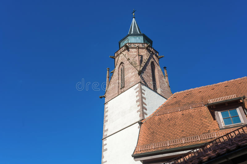 马丁的教会的塔在多尔恩斯特滕 库存照片