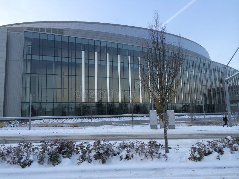 马修俄勒冈大学的骑士竞技场在雪,尤金,俄勒冈 库存图片