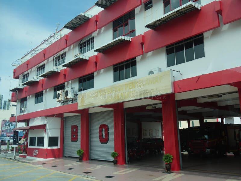 马六甲,马来西亚--2018年2月:Balai邦巴丹Penyelamat或马来西亚的火和抢救部门的Façade永克尔的 免版税库存图片