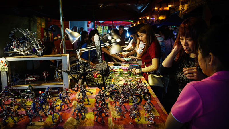 马六甲Jonker步行街道的一家手工制造商店 库存图片