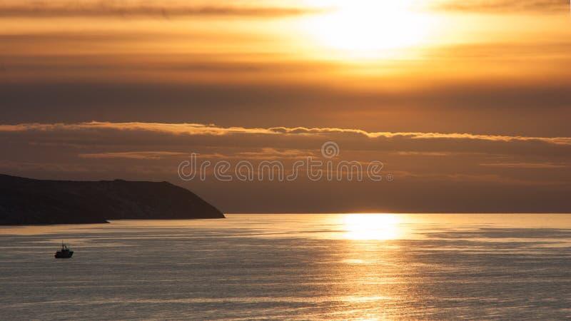 马加丹, Nagayeva海湾,远东,日落 库存图片