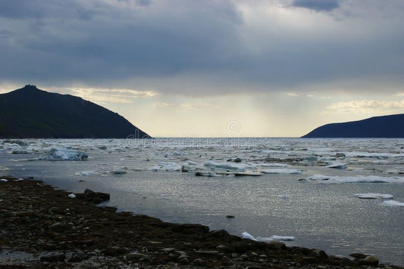 马加丹, Nagayeva海湾,远东,日落 库存照片