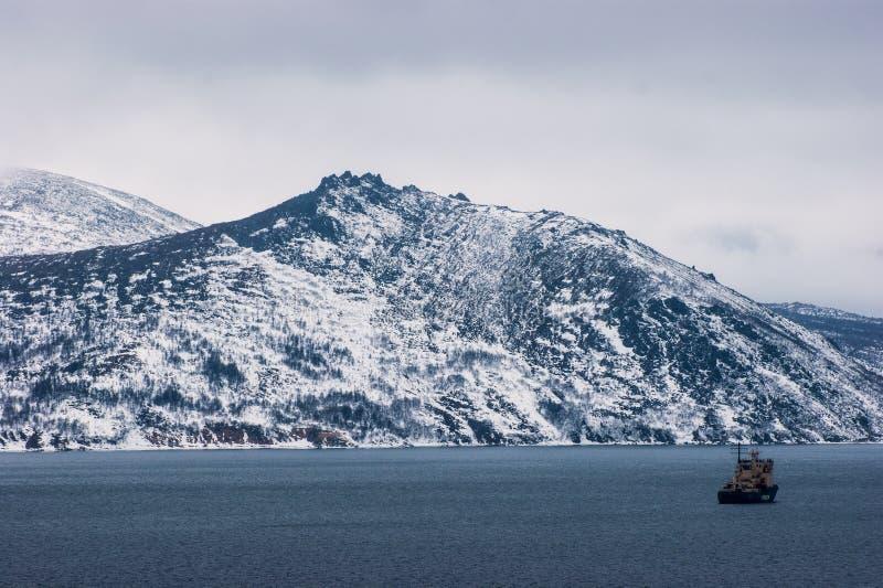 马加丹,Nagayeva海湾,远东,破冰船 免版税库存照片