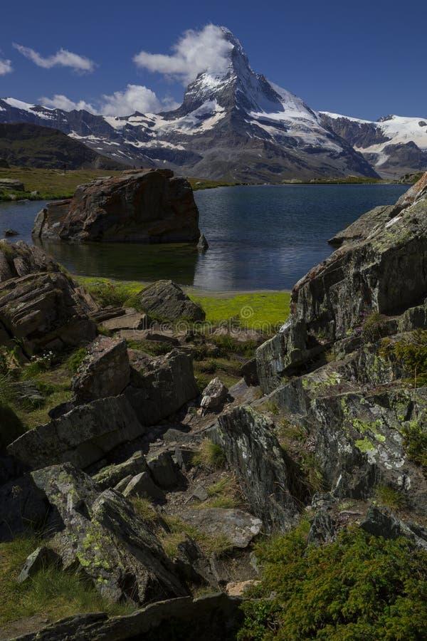 马塔角和Stellisee -在策马特瑞士(瑞士人, Suisse)附近的美好的风景区域 库存照片