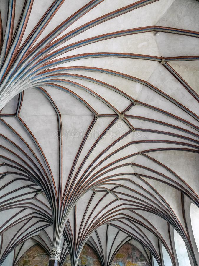 马尔堡城堡哥特式修道院机盖在波兰 免版税库存照片