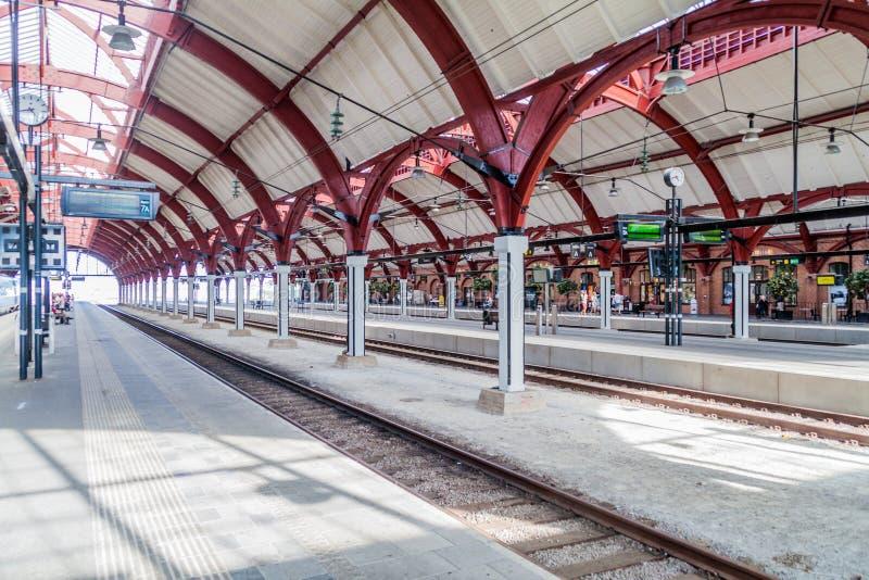 马尔摩,瑞典- 2016年8月27日:中央火车站平台在马尔摩,Swed 免版税库存照片