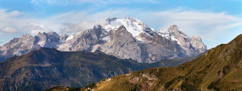 马尔莫拉达山,白云岩山最高的登上  免版税库存图片