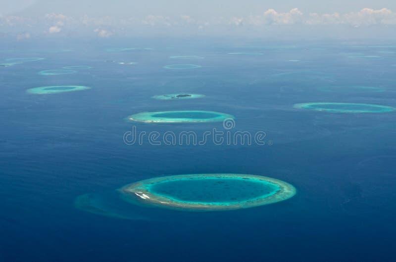 马尔代夫空中全景大海礁石 免版税图库摄影