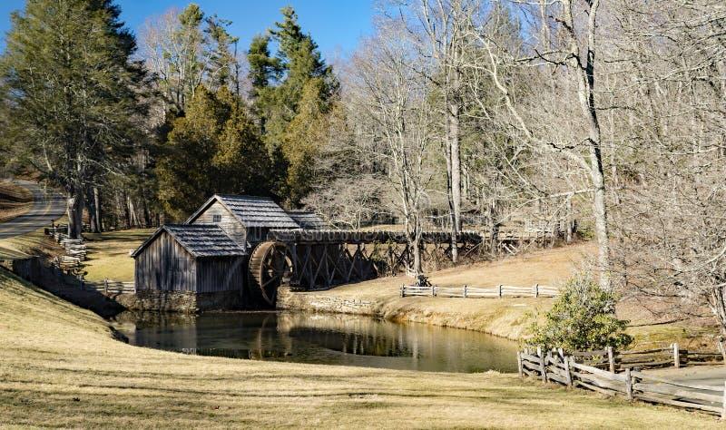 马布里磨房,蓝岭山行车通道,弗吉尼亚历史的看法  库存照片