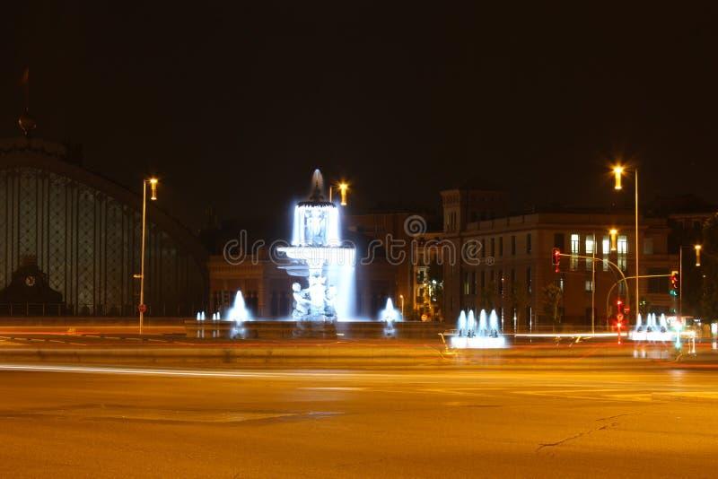 马德里市在晚上 库存照片