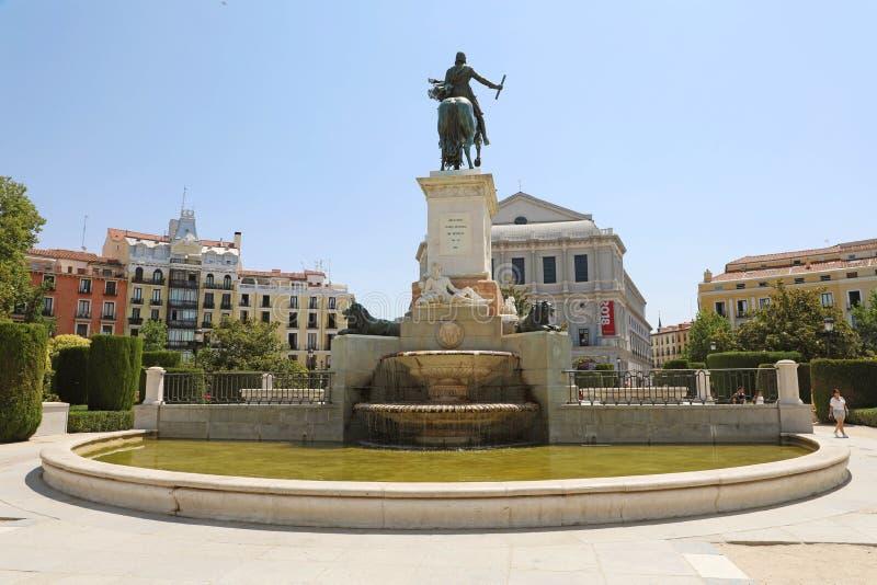 马德里,西班牙- 2019年7月2日:对西班牙,西班牙的斐利四世的纪念碑 库存照片