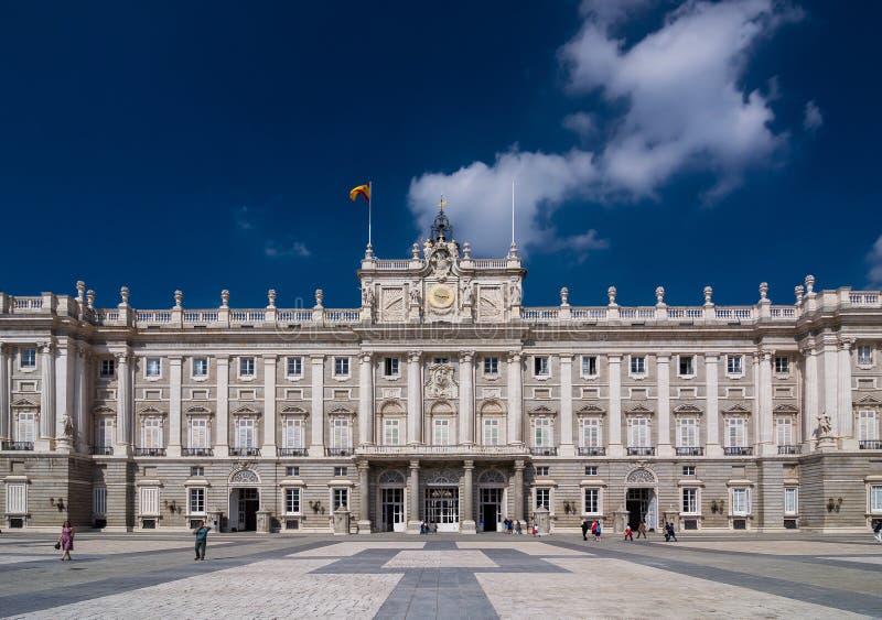 马德里& x28王宫; 帕拉西奥Real de Madrid& x29; 免版税库存照片