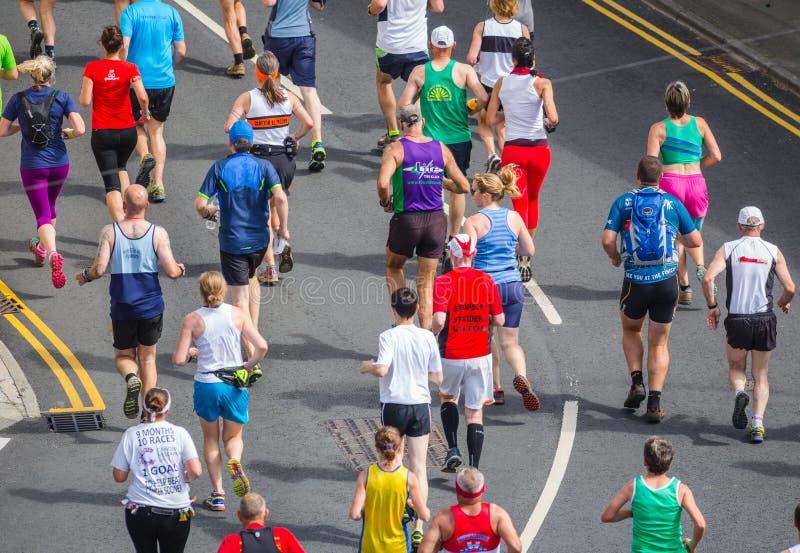 马拉松人跑 免版税图库摄影