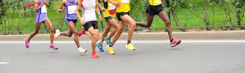 马拉松运动员跑 图库摄影