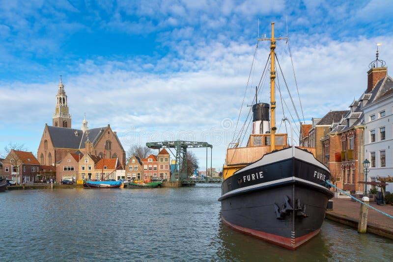 马斯劳斯,荷兰, 2018年2月11日:在城镇厅码头的Furie船 免版税库存照片