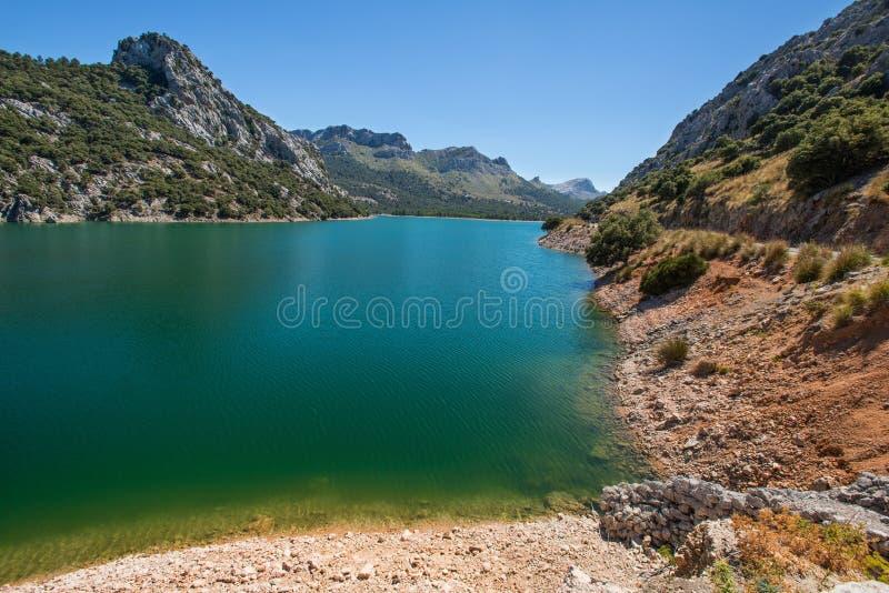 马略卡的拜雷阿尔斯西班牙Mountain湖 免版税库存图片