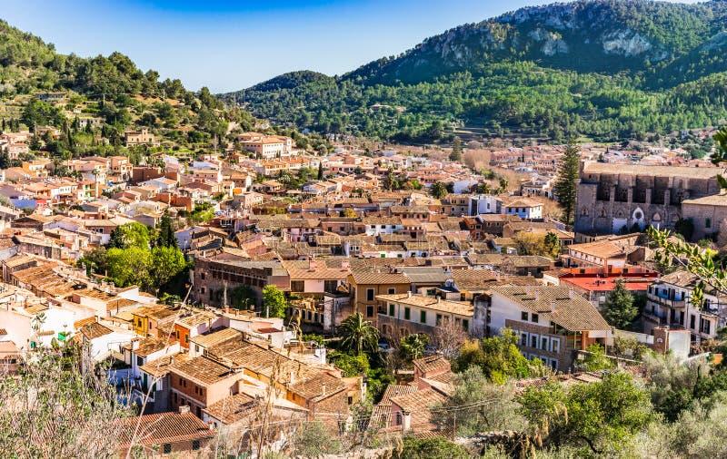 马略卡,埃斯波尔莱斯老地中海村庄概要  免版税图库摄影