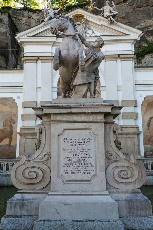 马的浴在萨尔茨堡由著名巴洛克式的建筑师约翰贝恩哈德菲舍尔冯Erlach修建 萨尔茨堡 免版税库存照片