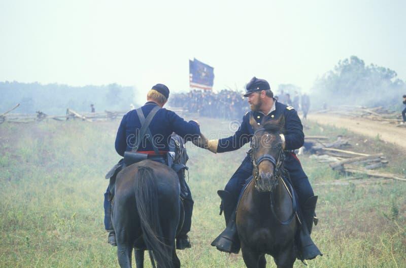 马纳萨斯争斗的历史再制定,指示南北战争的起点,弗吉尼亚