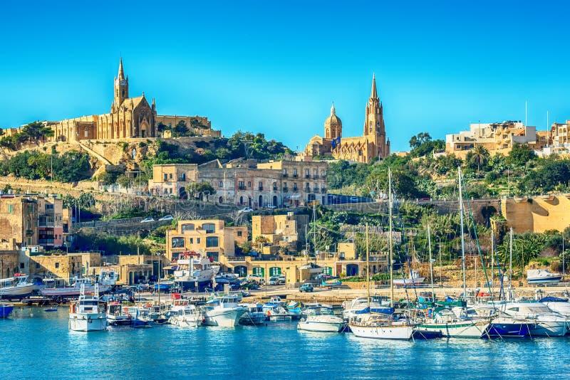 马耳他:Mgarr,一个港口镇在戈佐岛海岛 库存照片