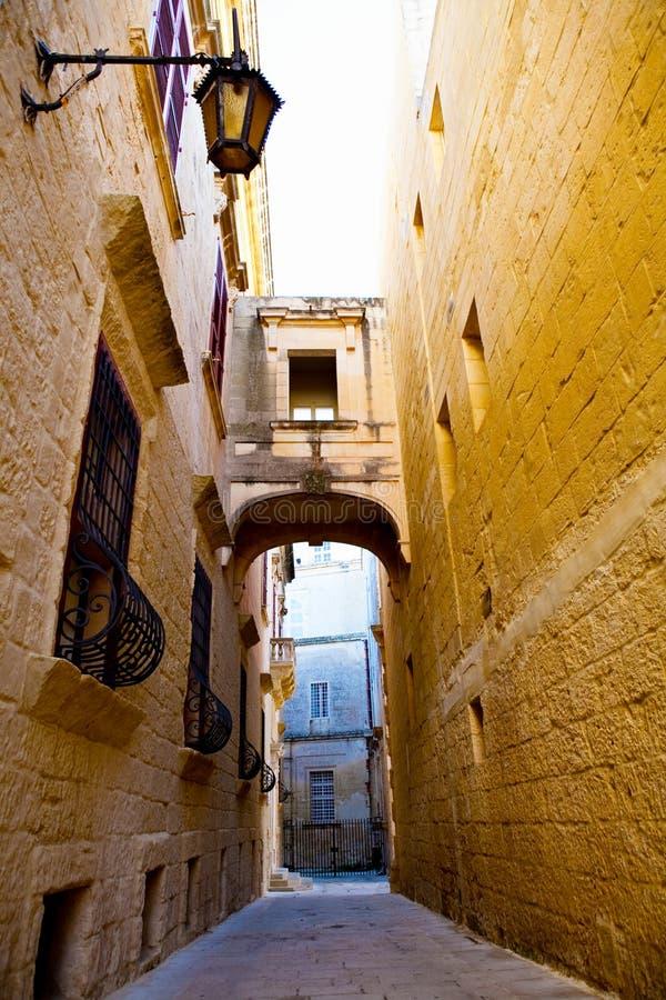 马耳他mdina狭窄街道 库存照片