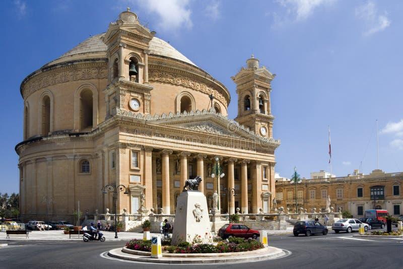 马耳他mosta圆形建筑的城镇 免版税图库摄影
