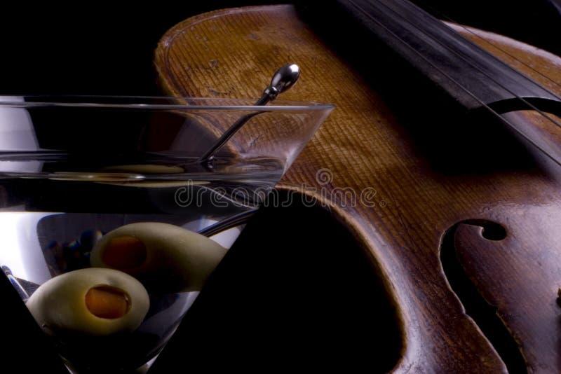 马蒂尼鸡尾酒小提琴 图库摄影