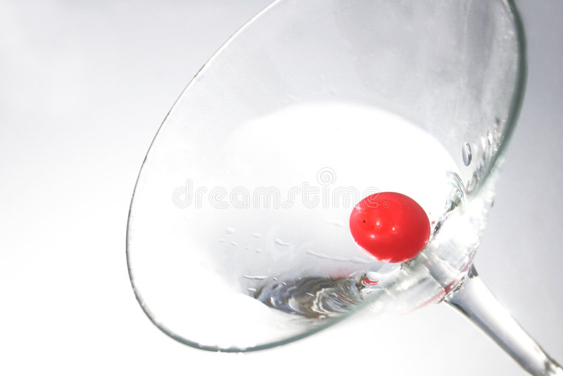 Download 马蒂尼鸡尾酒 库存照片. 图片 包括有 鸡尾酒, 打赌的人, 乐趣, 装饰, 生日, 伏特加酒, 假期, 时髦 - 176250