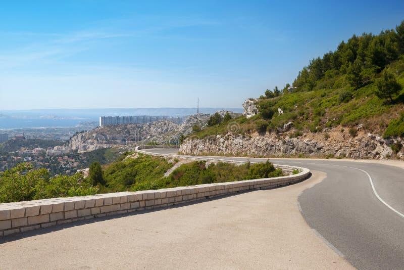 马赛全景从山路的 免版税库存照片