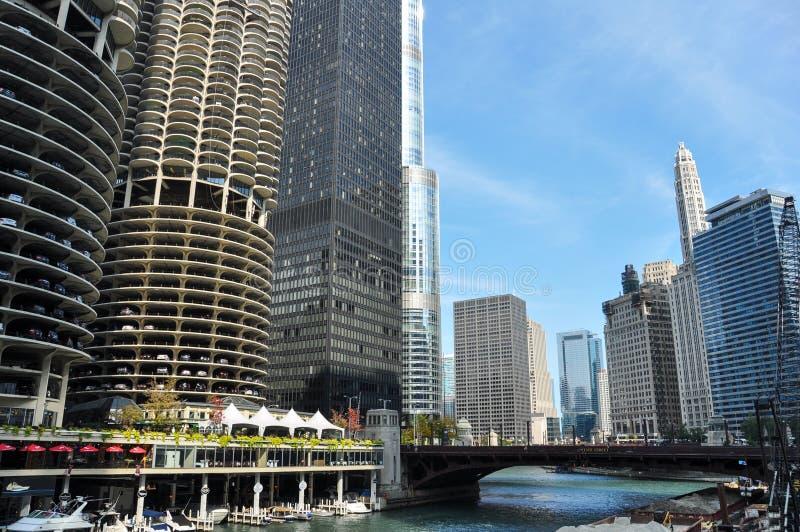 马里纳城是一个混杂用途住宅商业大厦区在芝加哥 免版税库存照片