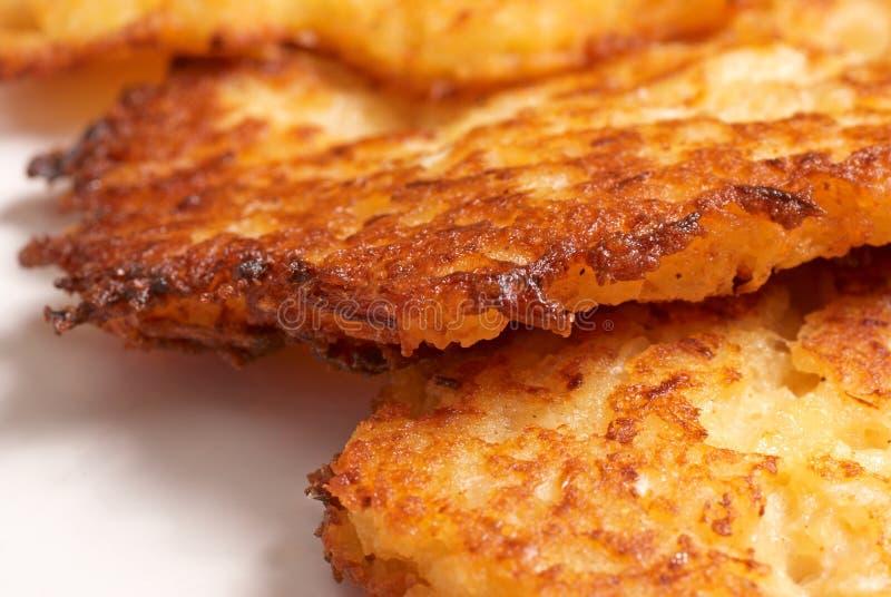 马铃薯饼 免版税库存照片