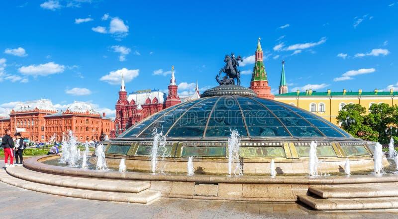 驯马场广场在莫斯科市中心,俄罗斯全景  免版税库存图片