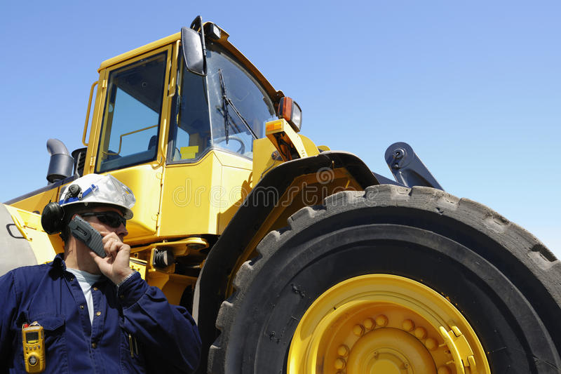 驱动器铲车巨人 免版税库存图片