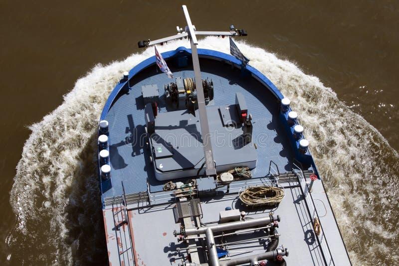 驳船的冲击波 免版税库存图片