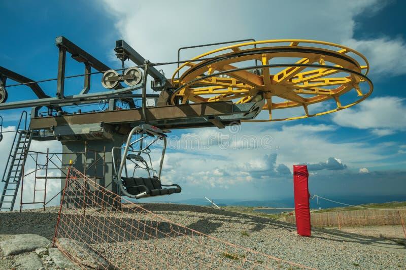 驾空滑车上部终端有回归bullwheel的 免版税库存图片