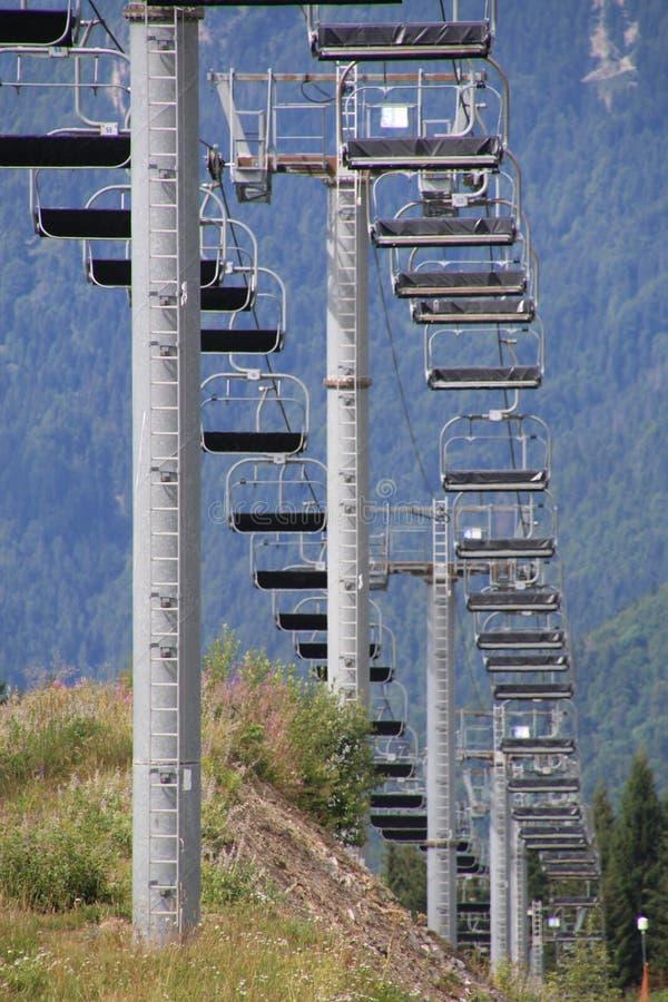 驾空滑车在夏天 免版税库存图片