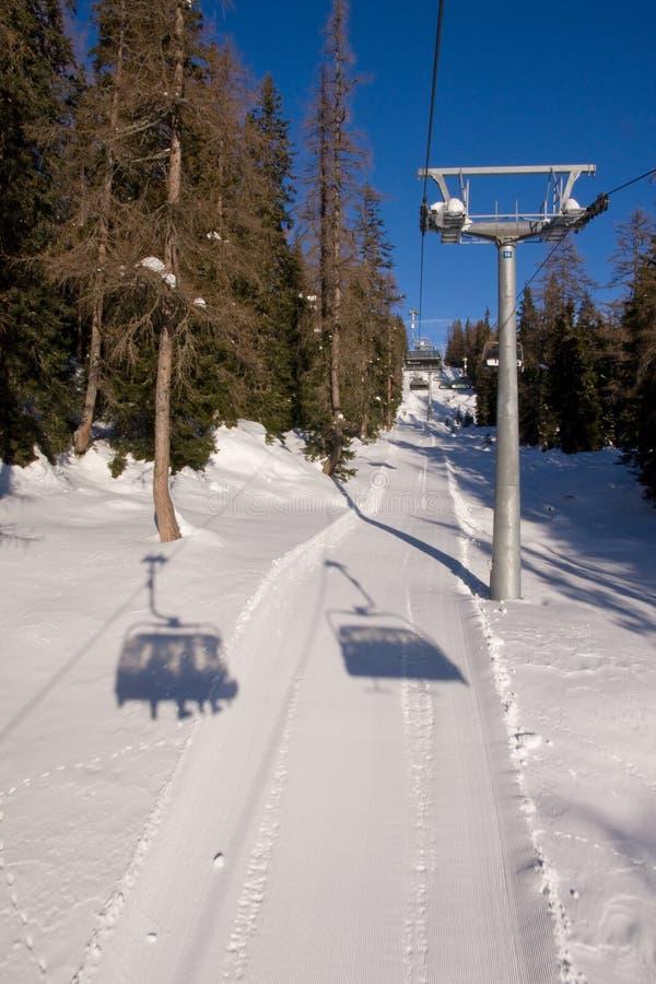 驾空滑车滑雪 库存图片