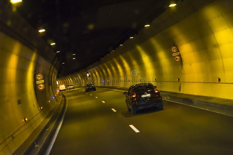 驾车通过隧道,法国 库存图片