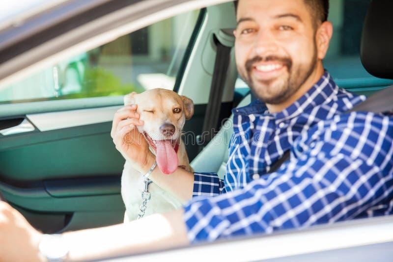 驾驶与最佳的伴侣 库存图片