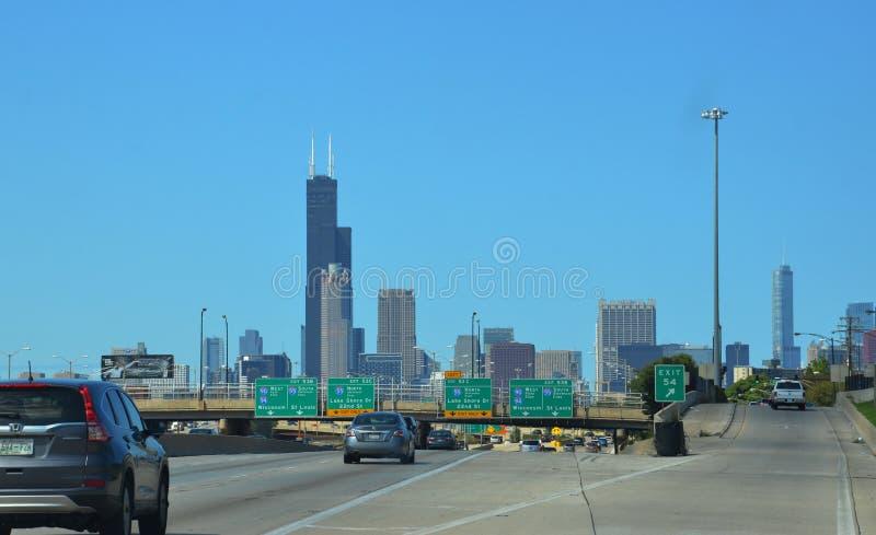 驾驶入芝加哥 库存照片