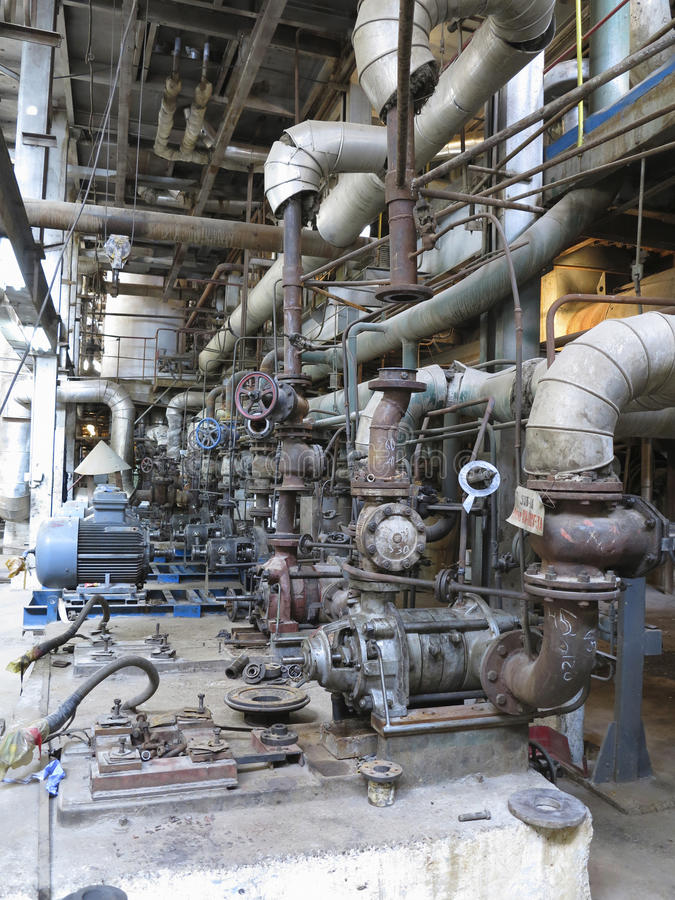 驾驶工业水泵的电动机在修理期间 免版税图库摄影