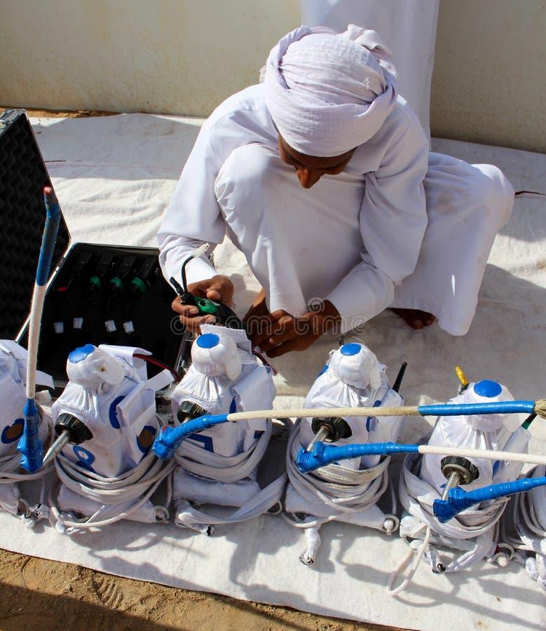 骆驼比赛机器人在迪拜 免版税库存照片