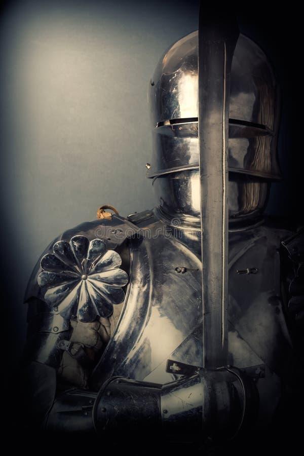 骑士佩带的装甲 库存图片