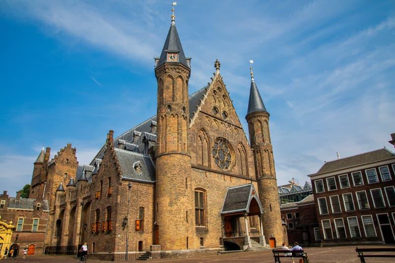 骑士厅在Binnenhof在海牙,荷兰, 免版税库存照片