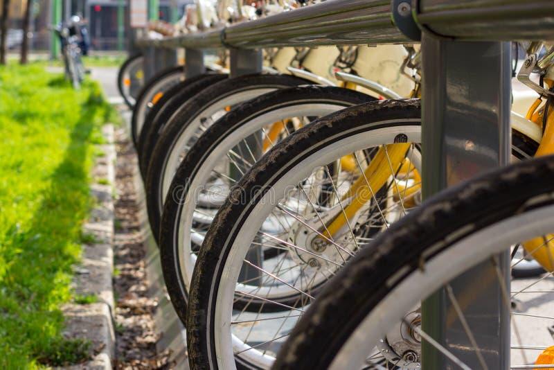 骑自行车停车 免版税图库摄影
