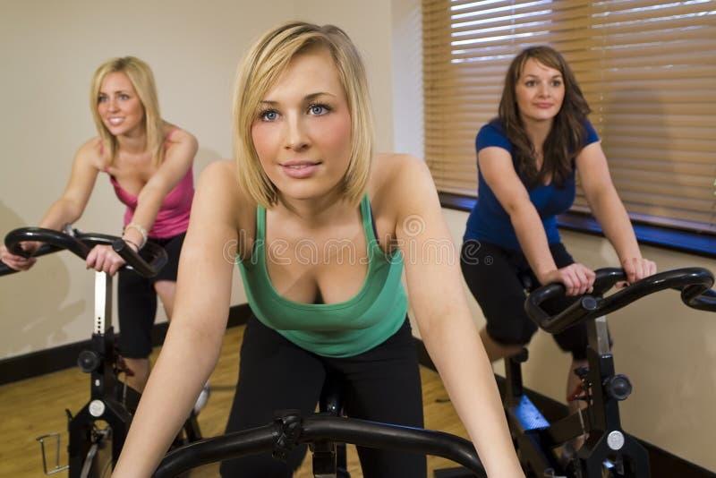 骑自行车的三重奏 免版税库存图片